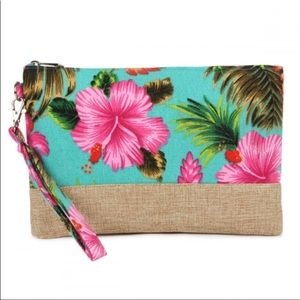 Hibiscus Flower Wristlet  🌺 🌟Coming Soon🌟